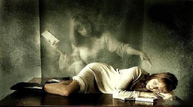 Giấc mơ thấy người chết sống lại là dấu hiệu của may mắn, thành công