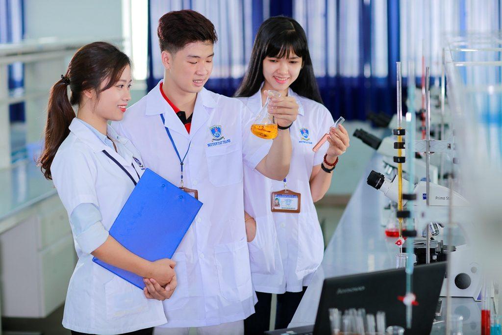 ngành xét nghiệm y học khối nào